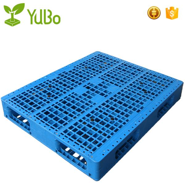 1300*1100mm Vented Top Anti-Slip Strip HDPE Plastic Pallet For Lash extensions manufacture